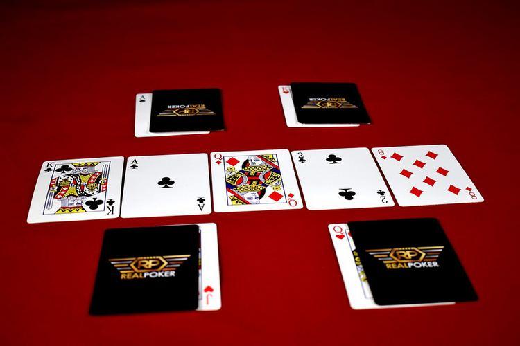 poker_storia